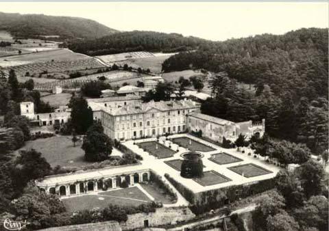 Château, Gourdan (3) - AVEC LA GRACIEUSE AUTORISATION DE GROUPE EDITOR -